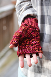 Cush_mitts_gusset_view_the_knitting_vortex_small2