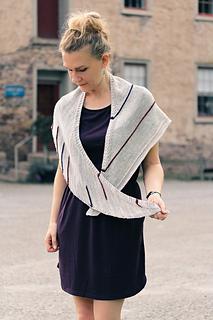 Line_art_shawl3_the_knitting_vortex_small2