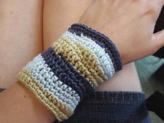 Crochet-bracelet2_small2