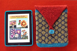 Ipad_cosy_and_ipad_webpage_small2
