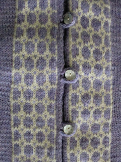 Pf7-buttons-and-colorwork_small2