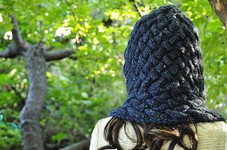 Maschera_hooded_cowl_scarf_5_small2
