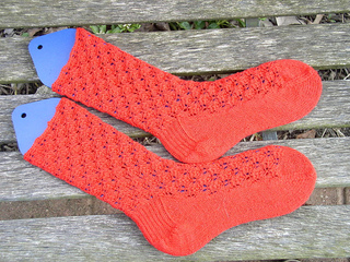Little_flames_socks_small2