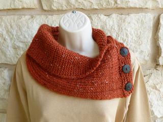 Knitting_in_progress__june_2011_104_small2