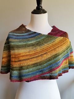2015_abigail_asymmetrical_gradient_shawl__2__small2