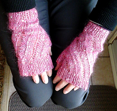 Shelley_mittens_small