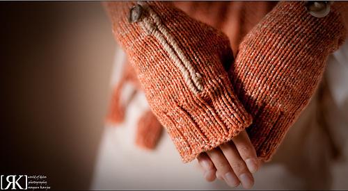Ling_in_orange_08_cropped_medium