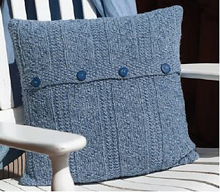 Jess_cushion__lovick_small2