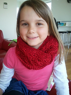 Ravelry_red_scarf_small2