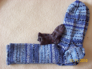 2010_dec_big_and_small_socks_small2
