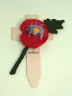 Free_poppy_by_madmonkeyknits1_small2