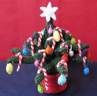 Christmas_tree_beanie6_small2