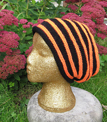 Stripey_dk_slouch1_small