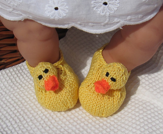 Ravelry: Baby Rubber Duck (Ducky) Shoes pattern by ...