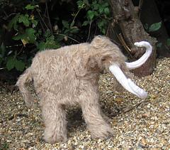 Mammoth_woolly_mammoth_by_madmonkeyknits5_small