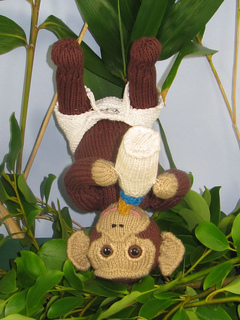 Charlie_chimp_baby_chimpanzee_by_madmonkeyknits7_small2