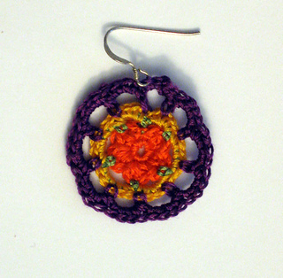 Round_earrings2_small2