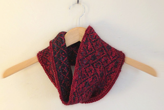 Twelfthknit_red1_small2