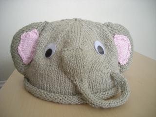 Knitty_004_small2