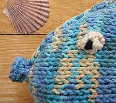 Cottwirl-fishy-det1_small
