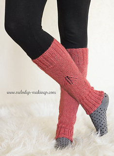 Wisteria_leg_warmers_knit_version_2_small2