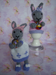 Easter_2_bunnies_small2