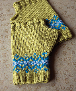 Optional_fairislemitts2_small2