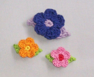 Crochetflowers-leaves2_small2