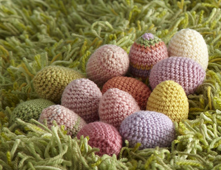 Amigurumi Yarn Type : Ravelry: Amigurumi Easter Egg pattern by Lion Brand Yarn