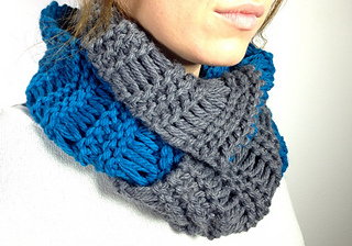Ravelry Loom Knitted Elongated Stitch Infinity Scarf