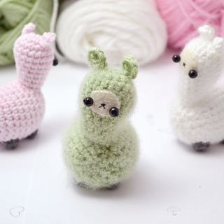 Crochet Amigurumi Llama : Ravelry: Crochet llama amigurumi pattern pattern by mohu