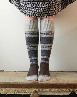 Talia-socks-front_small2