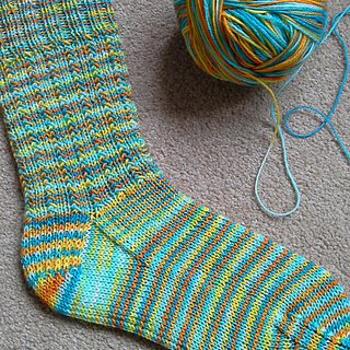 Knitting With Sock Yarn Free Patterns : Ravelry: Echo Beach pattern by Raquel Gaskell