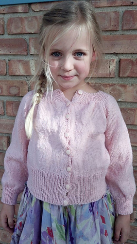 Kate_in_kindergarten_sweater_medium