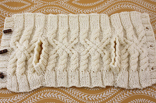 Teacozy-sweater-1main_small2