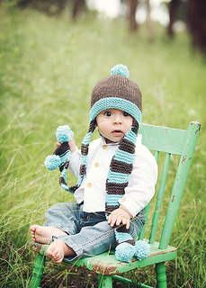 Coverbabyscarfhat_02_small2