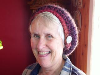 Ellen_wearing_hat_small2