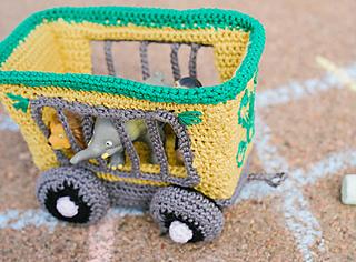 Animal_train_car_side_small2