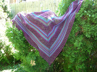 July-shawl-6_small2