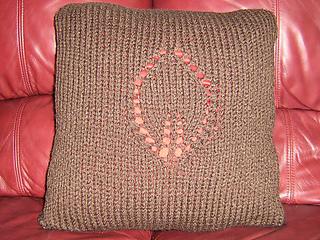 Brown_pillow_001_medium_small2