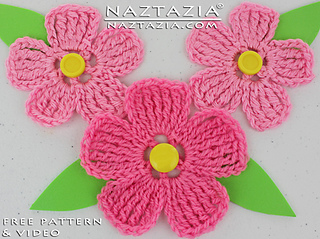 Free Crochet Pattern Large Flower : Ravelry: Large Petal Crochet Flower pattern by Naztazia