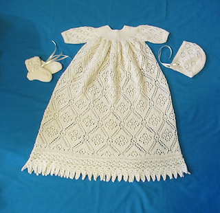 Rose_trellis_christening_gown_july_2015_small2