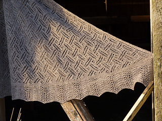 St_kild_shawl_3_small2