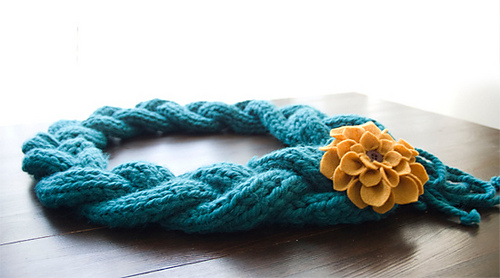 Njickis_scarf_medium