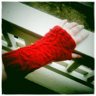 Cherrymitts_small2