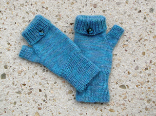 Button_top_mitts_best_pic_small2
