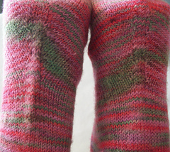 Shaped_sole_detail_y_be_normal_socks_small