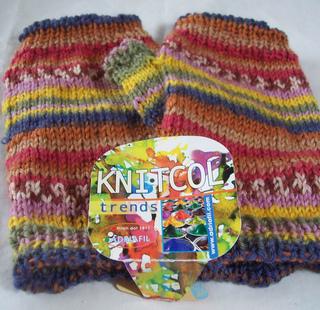 Trends_fingerless_gloves2_small2
