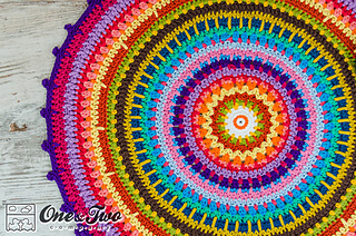 Colorful_rug_crochet_pattern_01_small2