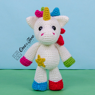 Amigurumi Unicorn Anleitung : Ravelry: Nuru the Unicorn Amigurumi pattern by Carolina Guzman